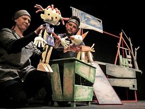 Kissu, del Centre de Titelles de Lleida, Premi al Millor Espectacle del 27è. Festival Internacional de Títeres de Alicante 2014.