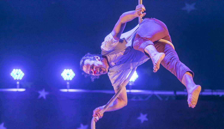 El festival Circada llança dues convocatòries per a circenses.